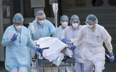 """Seguradoras oferecem indemnização por morte a profissionais da """"linha da frente"""" (mesmo que não tenham seguros)"""