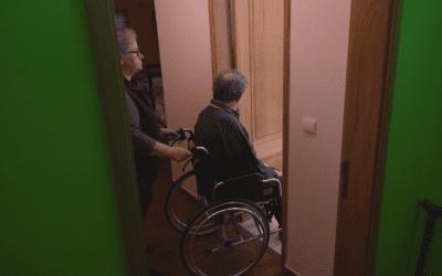 VÍDEO – Se cuida de alguém todos os dias peça o Estatuto do Cuidador Informal