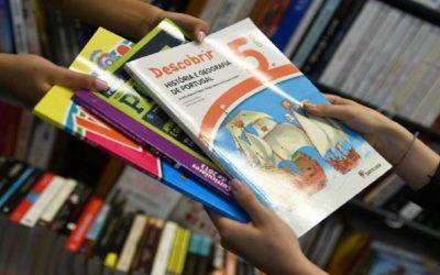 Os livros escolares também vão entrar no IVAucher, mas há condições